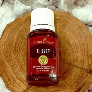 Thieves 15ml Essential Oil